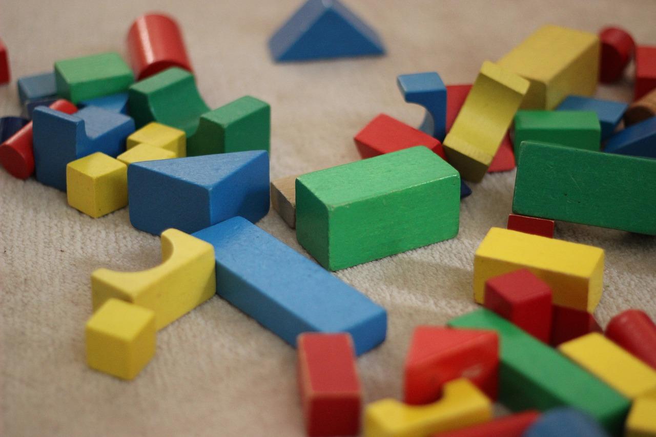 images/modularity-building-blocks-1563961_1280.jpg